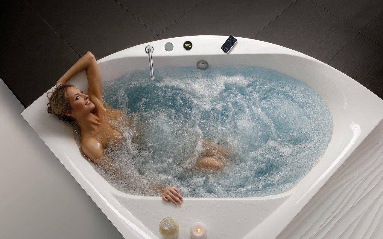 Aquatica Olivia-B-Wht HydroRelax Jetted Bathtub picture № 0