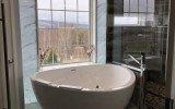 Pennsylvania USA Aquatica Trinity G Wht Relax Pro Light Weight Stone Air Massage Bathtub High Gloss 01 (web) (web)