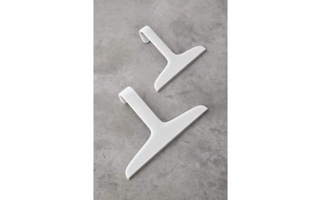 Teo Small Coat Hanger Shower Squeegee 01 (web)